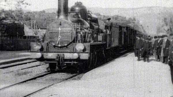 Кадр из фильма Прибытие поезда на вокзал Ла-Сьота