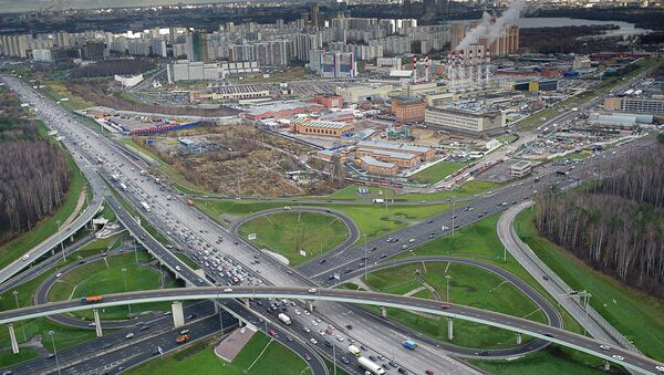 Дорожная развязка МКАД в районе Киевского шоссе в районе Тропарево-Никулино. Архив