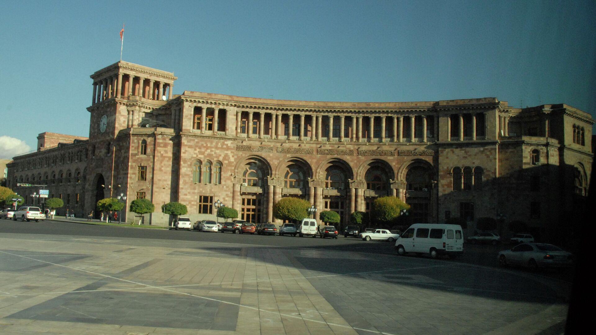 Дом правительства Армении на площади Республики.  - РИА Новости, 1920, 21.10.2020