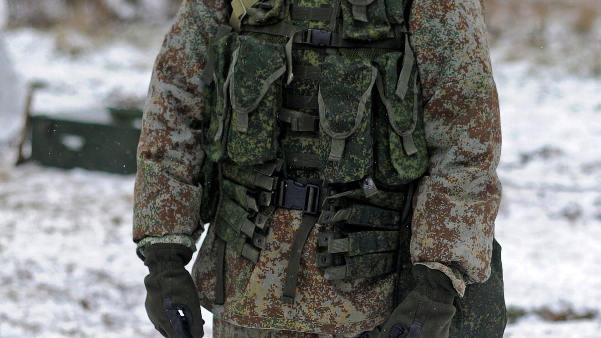 Новая боевая экипировка для военнослужащих сухопутных войск - РИА Новости, 1920, 22.01.2021