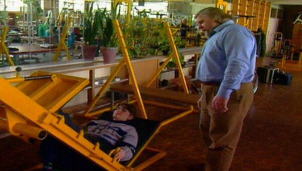 Валентин Дикуль: из инвалидной коляски – на арену цирка. Архивные кадры
