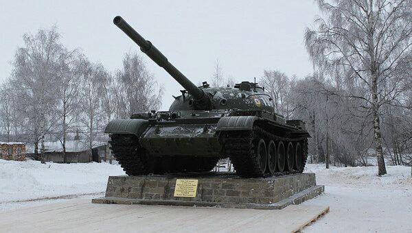 Памятный мемориал в честь конструктора танков в Ивановской области