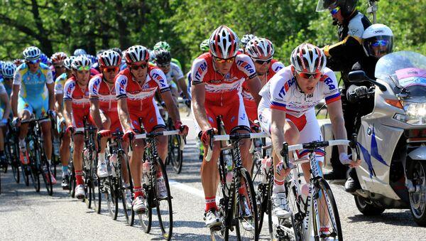 Велогонщики команды Катюша на Джиро д'Италия. Архивное фото