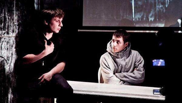 Сцена из спектакля «Антитела», театр «Балтийский дом», Санкт-Петербург