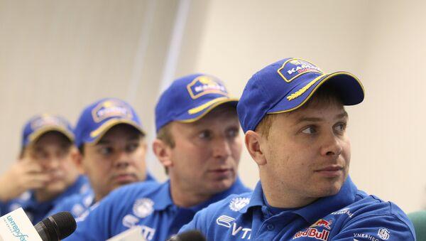 Эдуард Николаев, Владимир Чагин, Айрат Мардеев и Ильгизар Мардеев (справа налево)