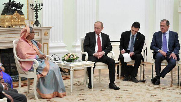 Встреча Владимира Путина с Шейх Хасиной в Кремле