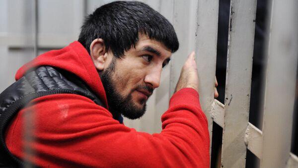 Спортсмен Расул Мирзаев в зале суда. Архивное фото