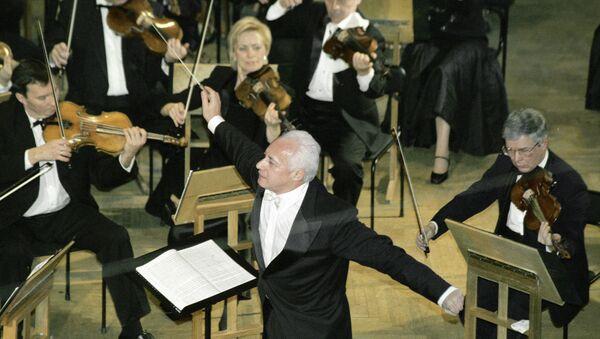 Национальный филармонический оркестр России под управлением Владимира Спивакова. Архив