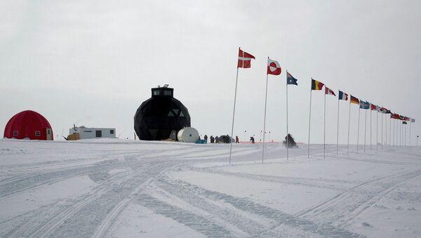 Лагерь проекта NEEM в Гренландии