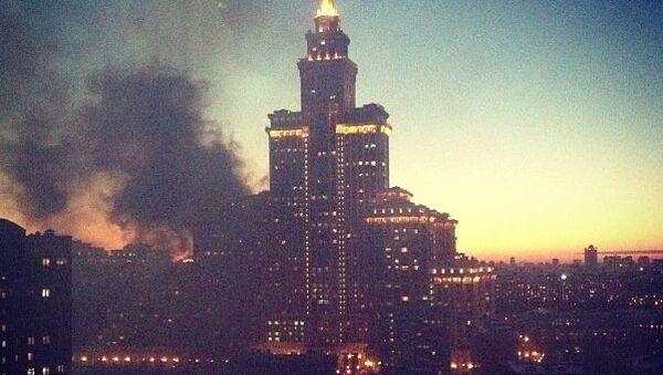 Пожар в высотке в Чапаевском переулке Триумф-палас