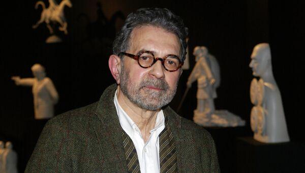 Гриша Брускин на открытии выставки в музее Американского университета в Вашингтоне