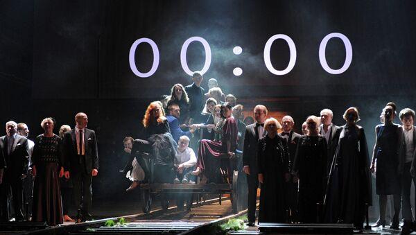 Сцена из спектакля 00:00 в театре Гоголь-центр