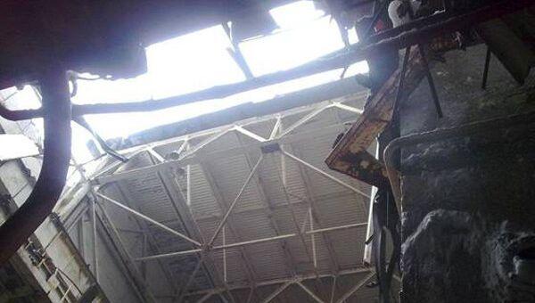 Обрушение стеновых панелей и части легкой кровли машинного зала четвертого энергоблока на Чернобыльской АЭС