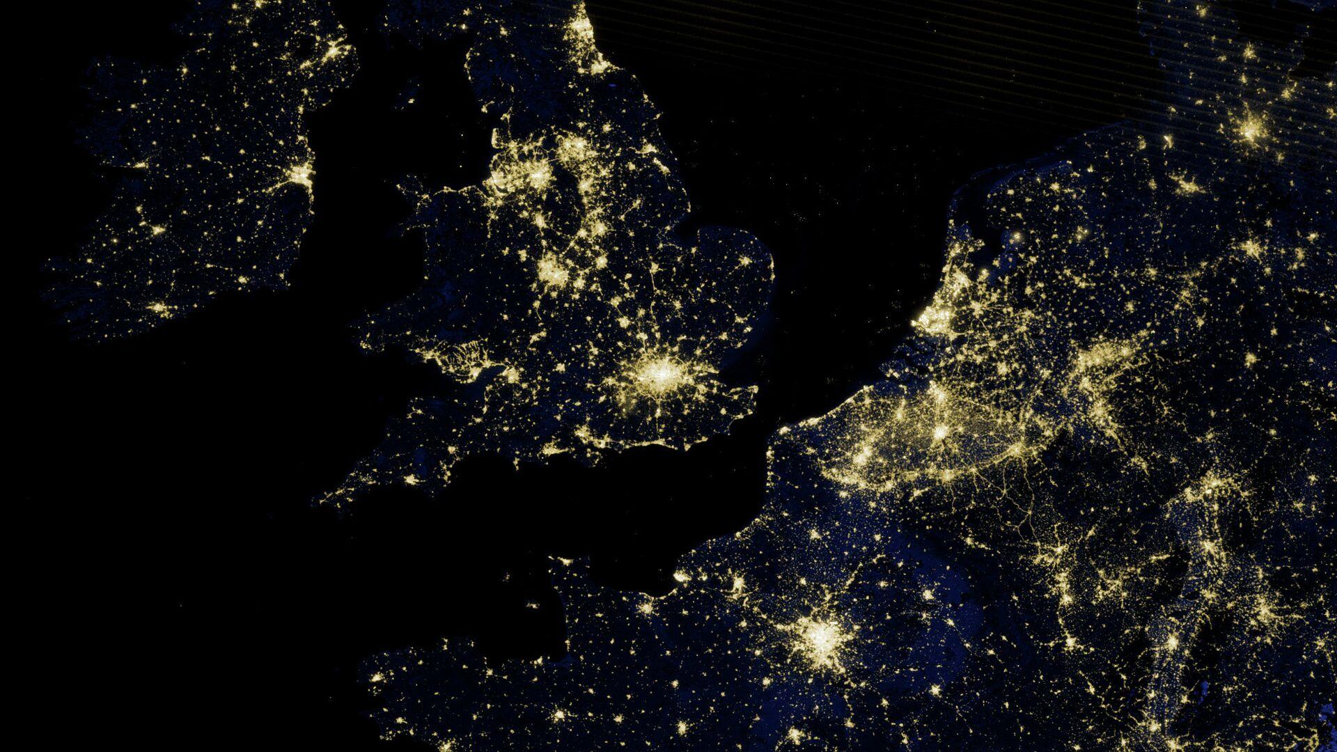 Ночные огни Лондона и южной части Великобритании из космоса - РИА Новости, 1920, 30.07.2021