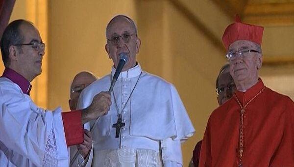 Белый дым и ликование верующих – в Ватикане избрали нового Папу Римского