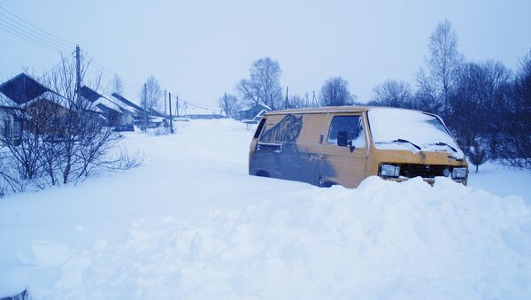 Снежные завалы под Тверью