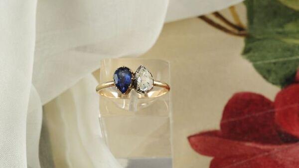 Кольцо, которое Наполеон Бонапарт презентовал своей невесте Жозефине Богарне