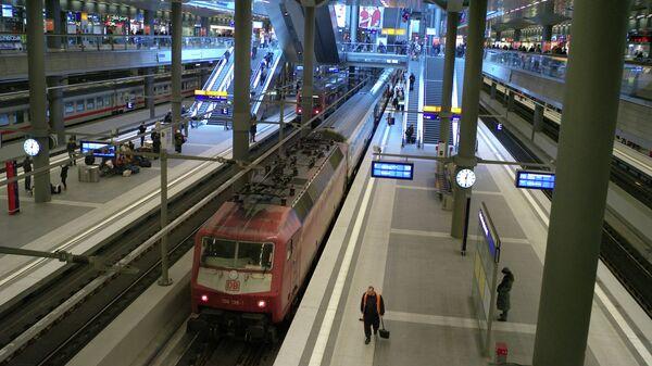 Центральный железнодорожный вокзал Берлина. Архивное фото.