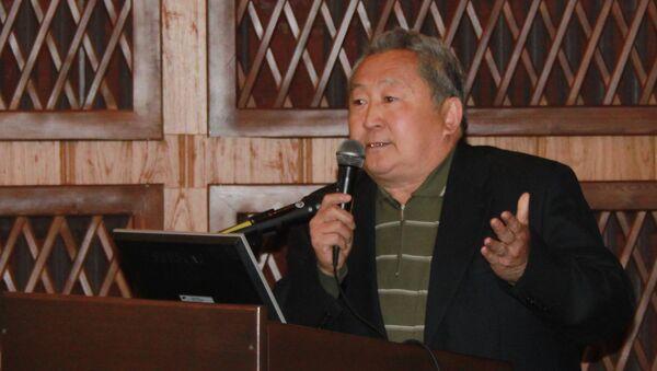 Сенатор от Бурятии Арнольд Тулохонов, Архивное фото