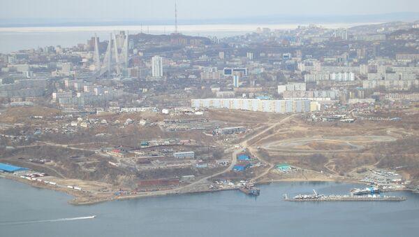 Мост на остров Русский во Владивостоке, архивное фото