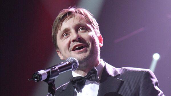 Актер Артем Михалков
