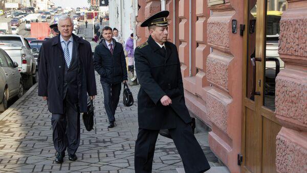 Адвокат Сергей Бондарь и капитан первого ранга Дмитрий Лаврентьев