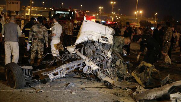 Последствия взрыва у в Багдаде, Ирак