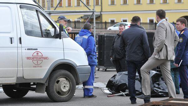 Рабочий погиб при монтаже сцены на Болотной площади