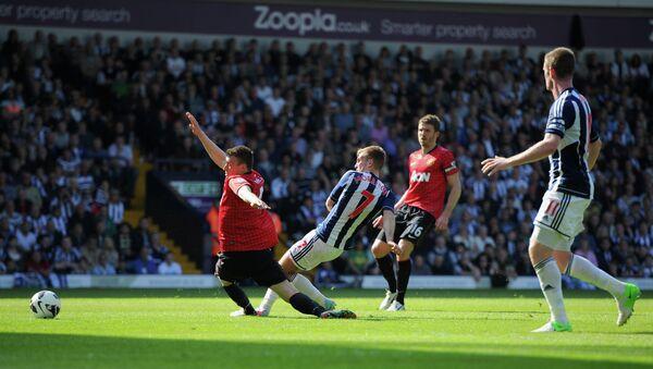 Игровой момент матча Вест Бромвич - Мачестер Юнайтед