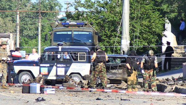 Взрывы у здания управления службы судебных приставов в Махачкале