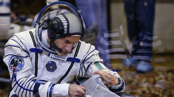 Итальянский астронавт Лука Пармитано перед пуском ракеты Союз