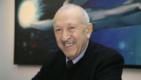 Таир Салахов