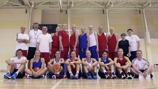 Женская сборная России по баскетболу на тренировке после пресс-конференции