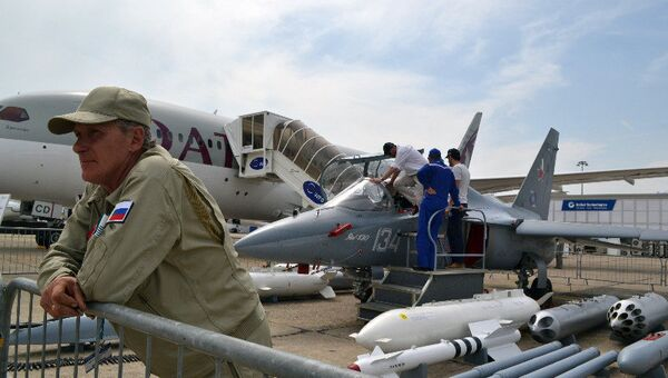 Як-130 на выставке в Ле Бурже