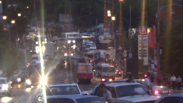 Последствия ДТП в Саратове с участием 37 машин. Съемка очевидцев