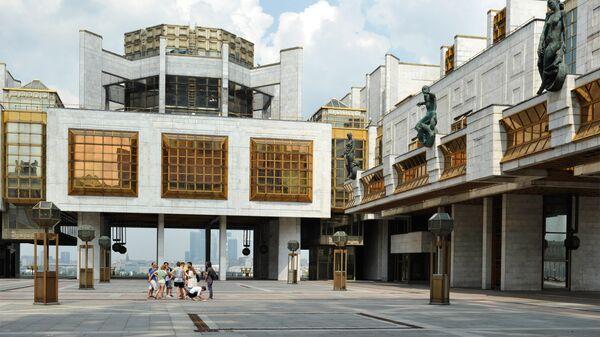 Здание Президиума Российской академии наук на Ленинском проспекте, архивное фото
