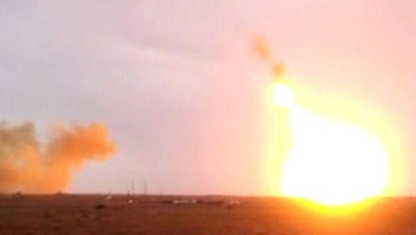 Ракета-носитель Протон-М упала и взорвалась после старта