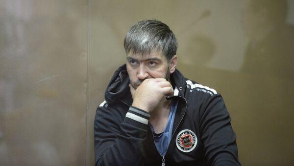 Один из опознанных нападавших Закарья Гаджиев, обвиняемый по делу об избиении депутата госдумы от ЛДПР Романа Худякова, во время слушания по избранию меры пресечения. архивное фото