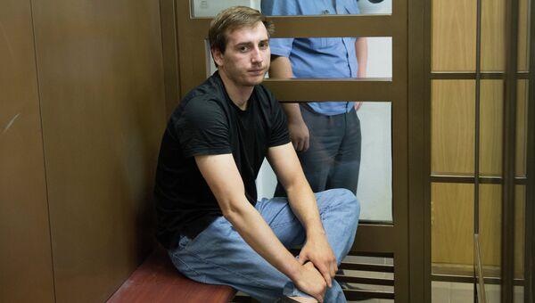 Артур Минбулатов, обвиняемый по делу об избиении депутата госдумы от ЛДПР Романа Худякова. Архивное фото