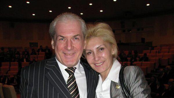 Известный адвокат и телеведущий Борис Тарасов (слева)