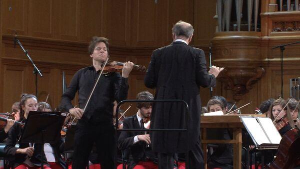 Джошуа Белл, Гергиев и молодежный оркестр США сыграли Чайковского в Москве