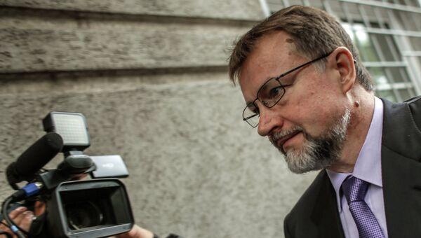 Бывший губернатор Тульской области Вячеслав Дудка перед заседанием Советского суда города Тулы, 23 июля