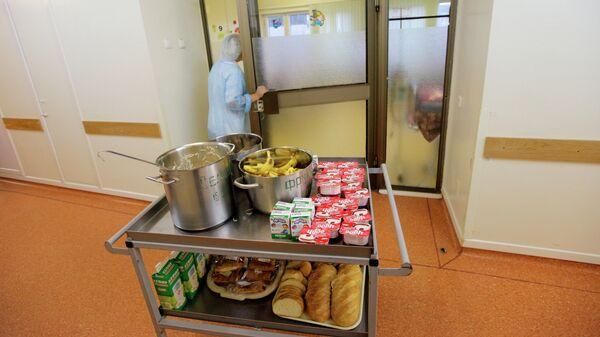 Питание в больнице, архивное фото