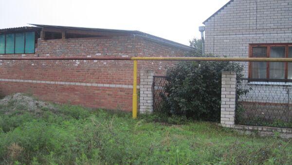 Дом, где неизвестный расстрелял семью бизнесмена в Ставропольском крае