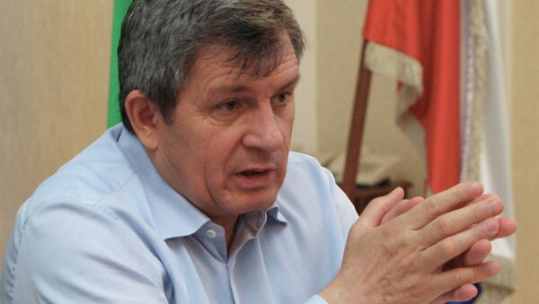 Председатель парламента Чеченской Республики Дукуваха Абдурахманов Архивное фото