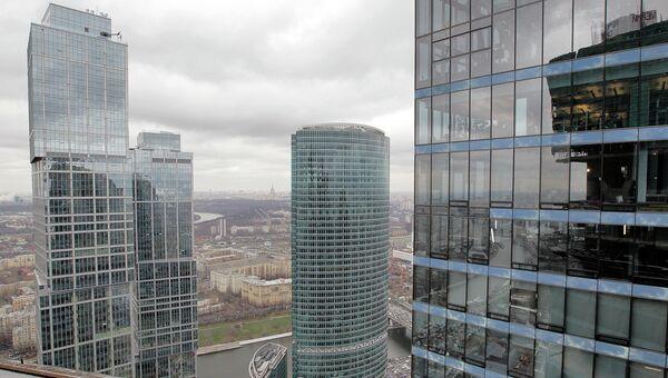 Строительство высотных зданий комплекса Москва-Сити, архивное фото