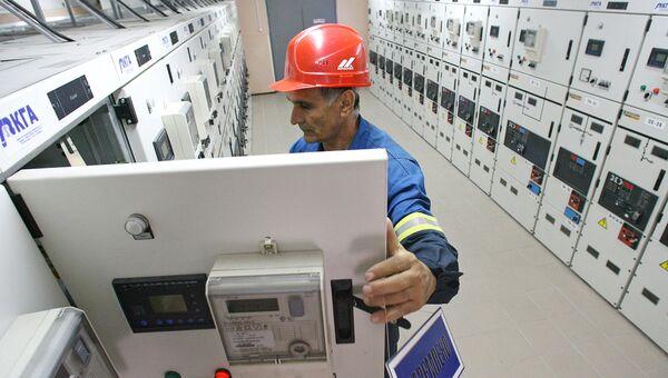 Работа электроподстанции. Архивное фото