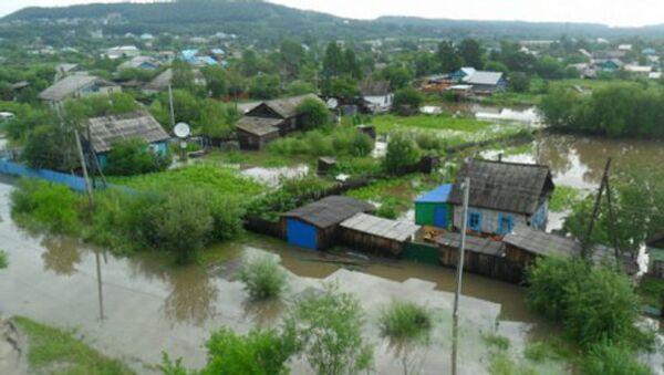 Костромские спасатели укрепляют дамбы в районе бедствия на Дальнем Востоке, архивное фото
