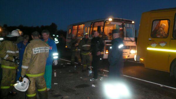 Два пассажирских автобуса столкнулись в Пустошкинском районе Псковской области