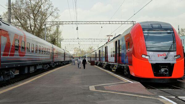 Электропоезд РЖД. Архивное фото